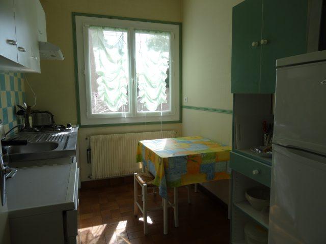 Appartement-Montrejeau—Cuisine