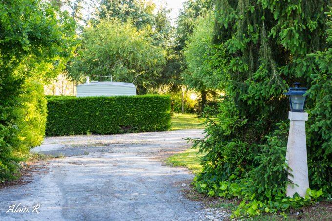 Camping-Village-vacances–Lac-Saint-Georges–Sarrecave–emplacement