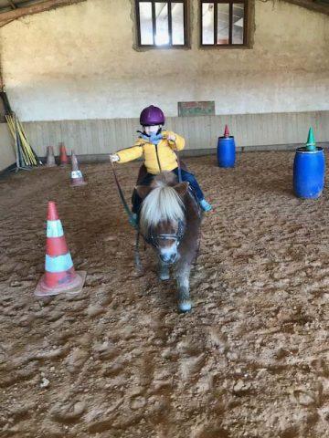 Centre-equestre-Les-farfadets–A-poney—Escanecrabe