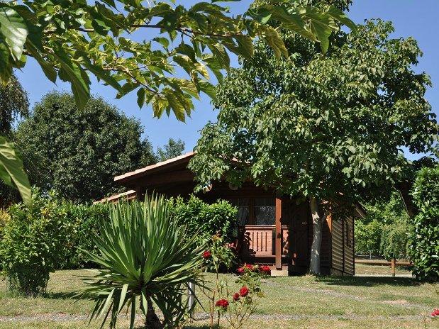 Chalet-Camping-Paradis-Midi-Pyrenenees