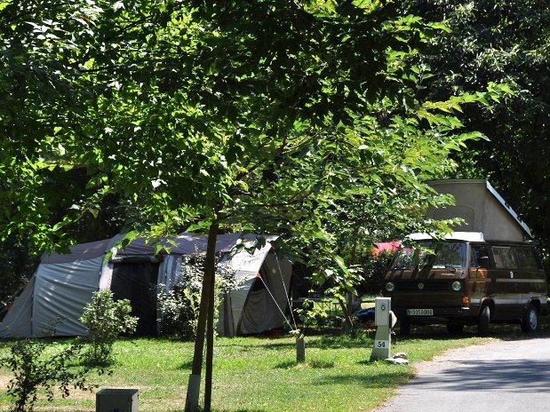 Emplacement-camping-Camping-Paradis-Midi-Pyrenenees