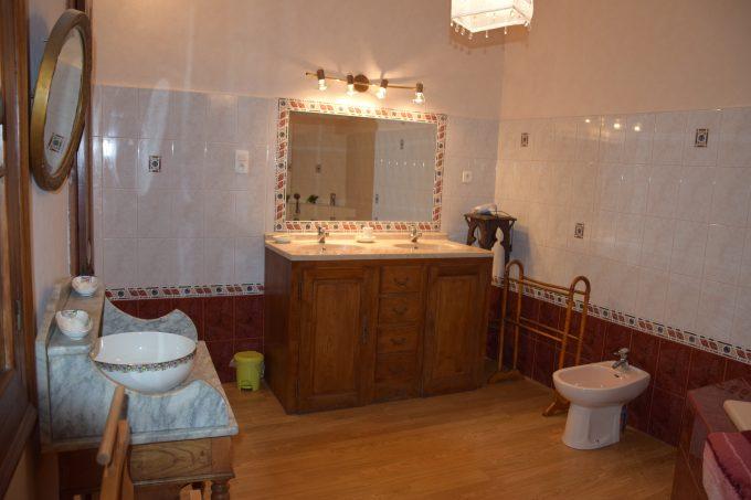 Gite-Boulevard-du-Midi–salle-de-bains–Boulogne-sur-Gesse