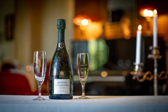 Restaurant-Les-Cedres–Champagne–Villeneuve-de-Riviere
