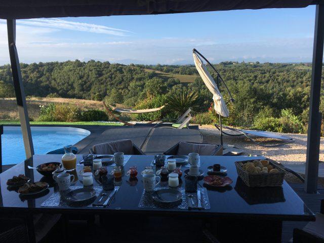 Villa-d-Escane-Chambres-d-hotes-Escanecrabe-petit-dejeuner-2-Tourisme-Saint-Gaudens